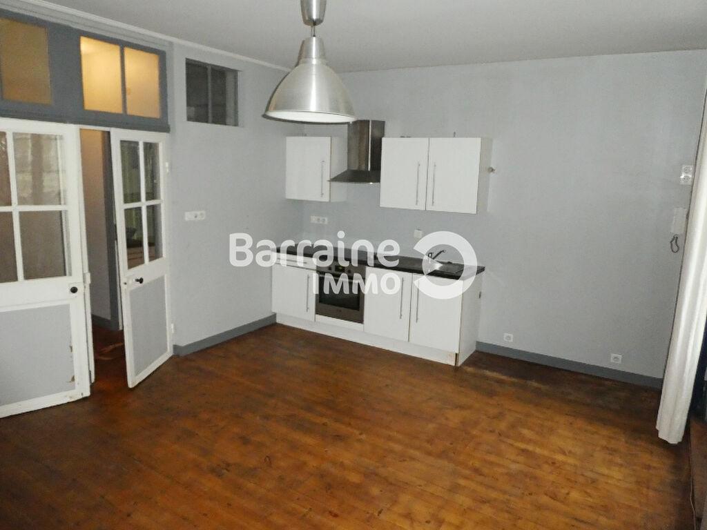 Appartement T1 en location à SAINT POL DE LEON / 34 m²