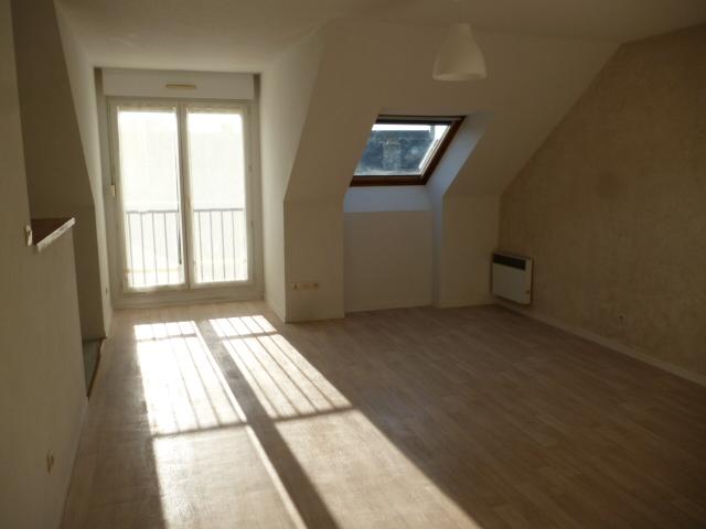 A  LOUER  ROCOFF  VIEUX  PORT  APPARTEMENT T2 -  41.74 m²