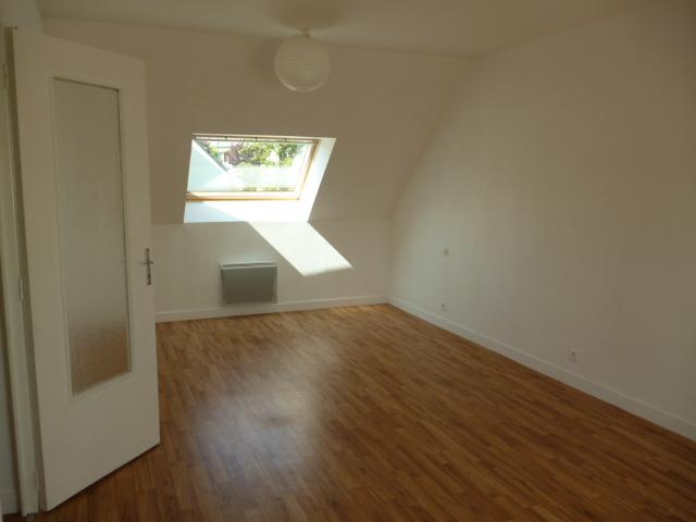 A  LOUER  ST  POL  DE  LEON  CENTRE  VILLE  APPARTEMENT  T3 - 54.62 m²
