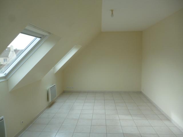 A  LOUER  ST  POL  DE  LEON  APPARTEMENT 3  PIECES  -  52.54 m²