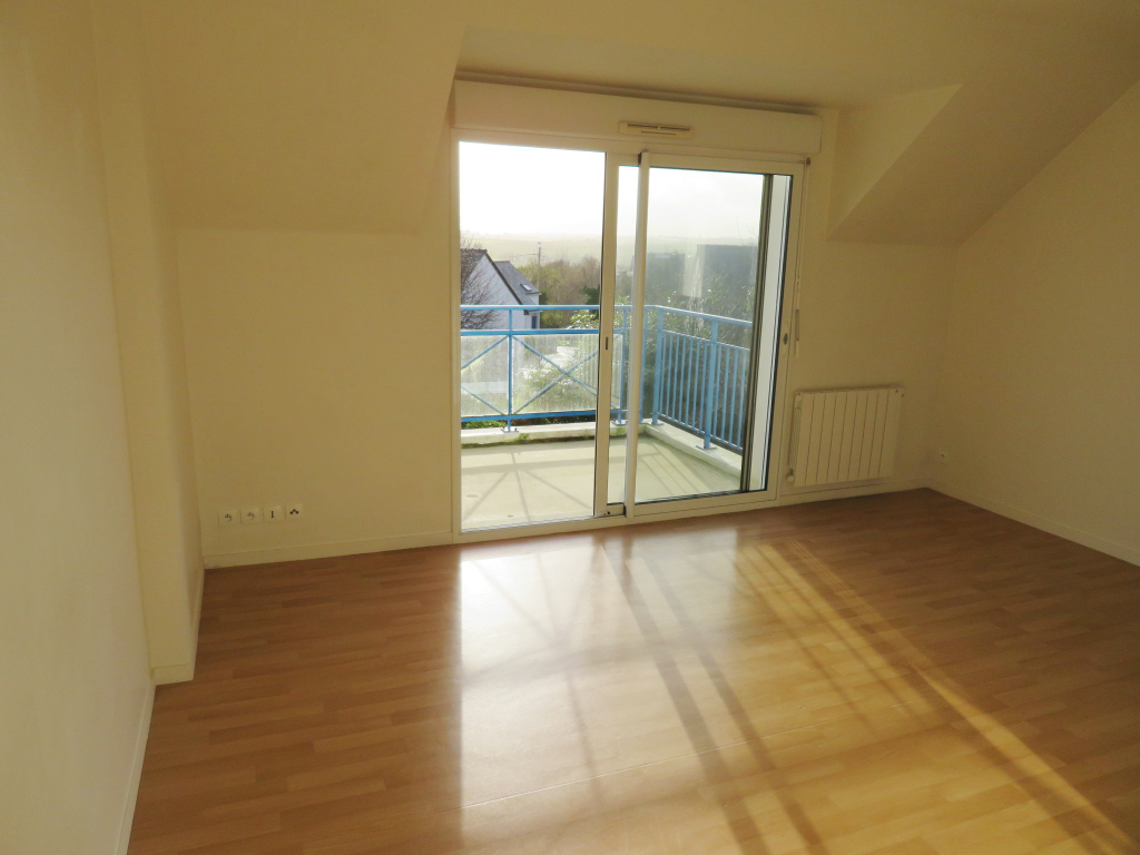 A VENDRE  CARANTEC  PROCHE CENTRE VILLE  APPARTEMENT  T2  41.19m²  1 TERRASSE  1 PLACE DE PARKING