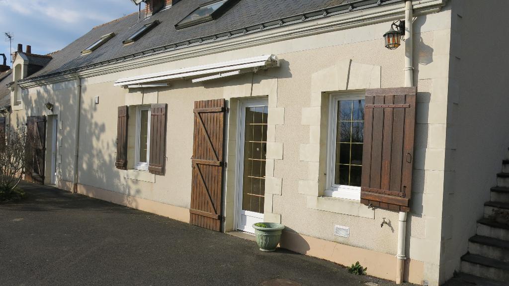 Saint Georges sur Loire. Visite à 360 °