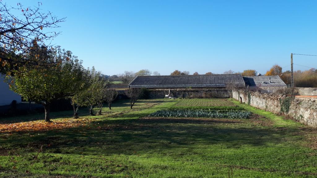 Terrain de 1095 m2 Chemille-Melay