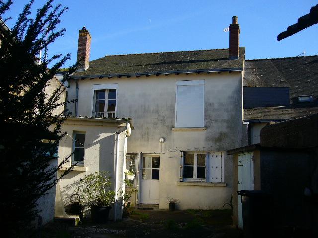 Maison Saint Laurent De La Plaine 6 pièce(s) 145 m2