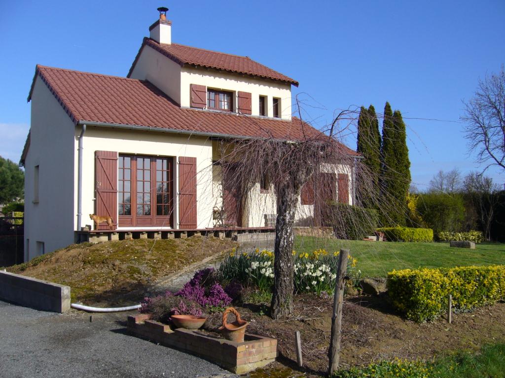 Maison Bourgneuf En Mauges 6 pièce(s)