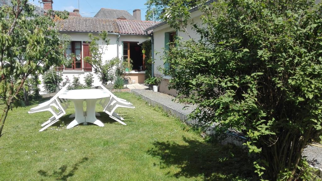 Maison Chemille En Anjou 3 pièce(s) 70 m2