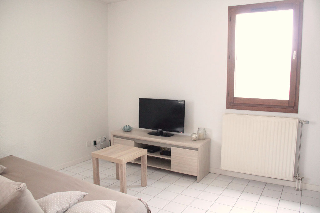 T2 - 50 m² -  Annecy-le-vieux avec balcon et ascenseur