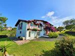 Urrugne, splendide maison basque de caractère avec grand appartement attenant
