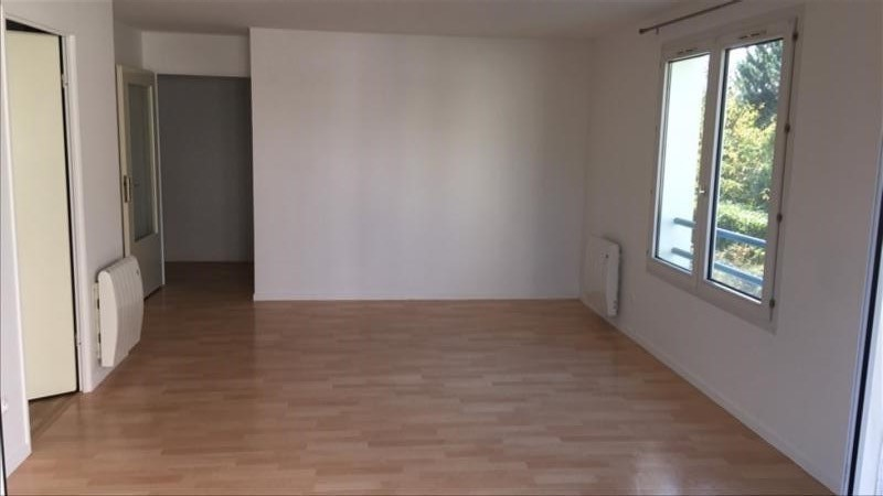 APPARTEMENT MONTIGNY LE BRETONNEUX - 2 pièce(s) - 48 m2