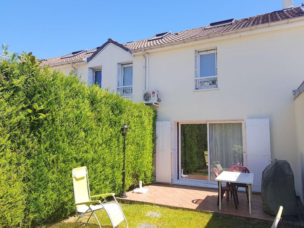 Maison Montigny Le Bretonneux 6 pièce(s) 115 m2