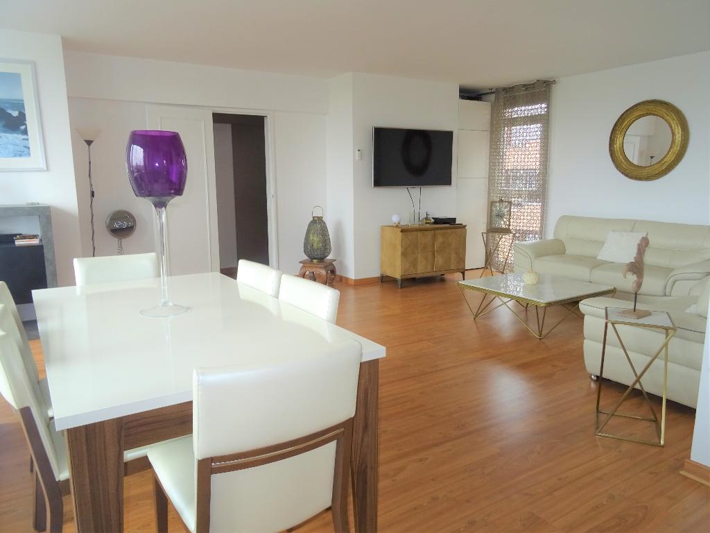 Appartement Guyancourt 5 pièce(s) 94 m2