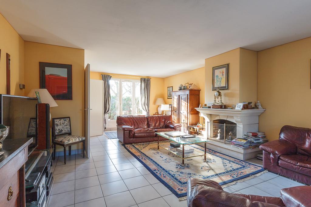 Maison Montigny Le Bretonneux 6 pièce(s) 148 m2