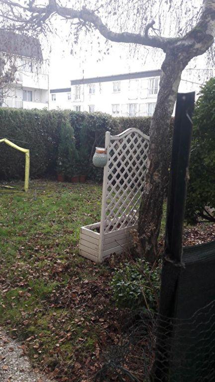 Appartement Montigny Le Bretonneux 3 pièce(s) 65.74 m2