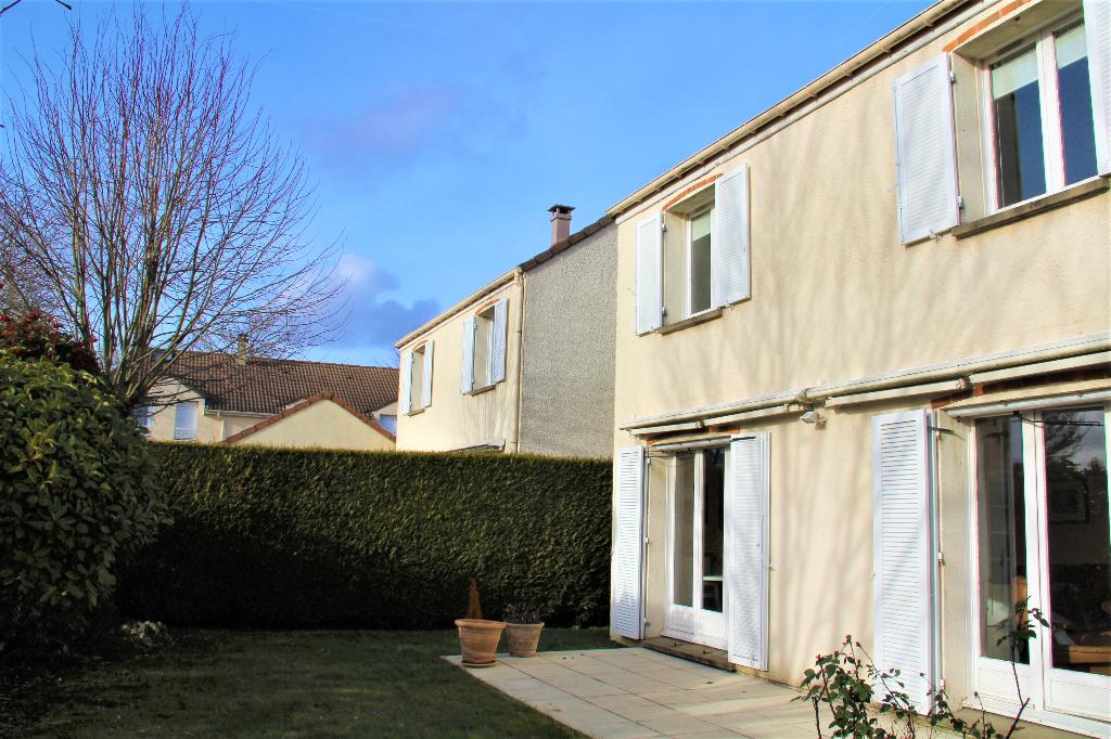 Maison Montigny Le Bretonneux 5 pièce(s)