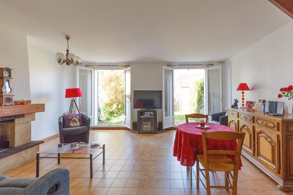Maison Voisins Le Bretonneux 5 pièce(s) 90 m2
