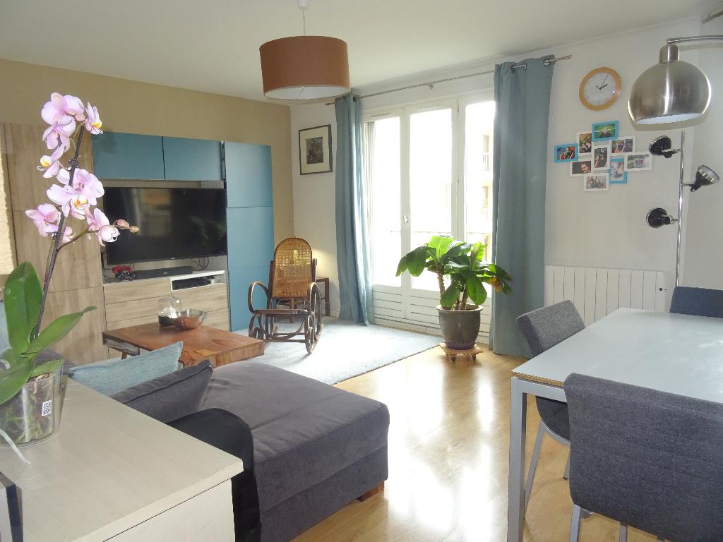 Appartement Montigny Le Bretonneux 3 pièce 63 m2