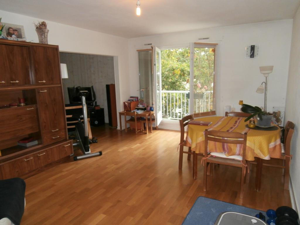 Appartement  4 pièce(s) 80.86 m2