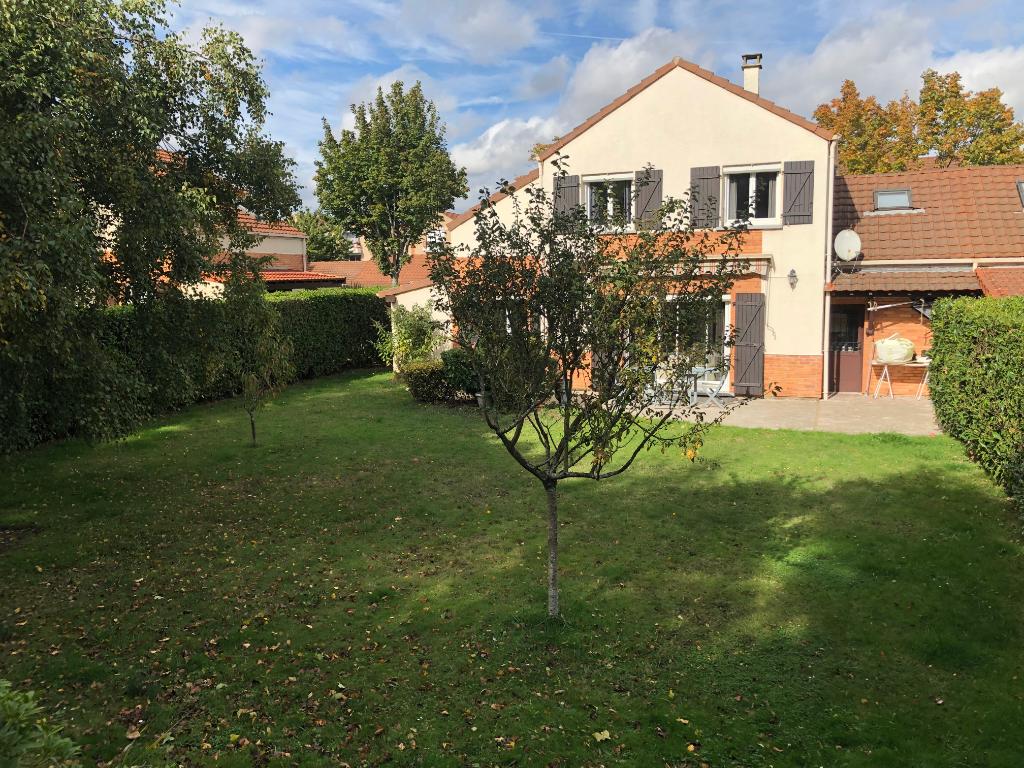 Maison Montigny Le Bretonneux 5 pièce(s) 120 m2