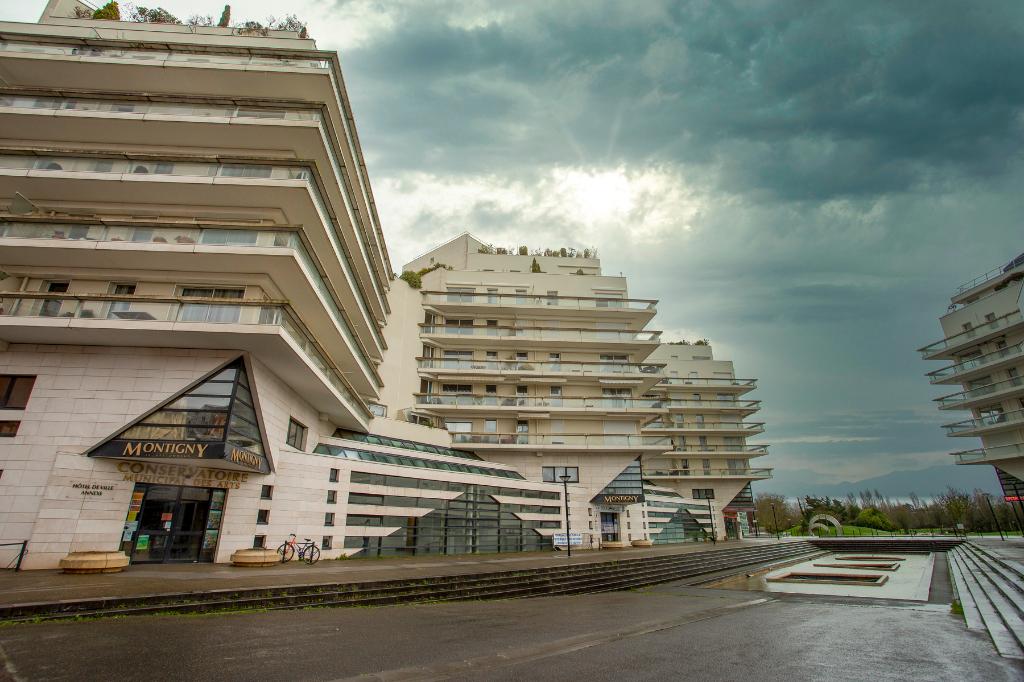 Montigny-le-Bretonneux - Centre - 5 pièces - Exclusivité !