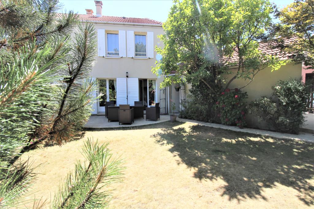 Maison Elancourt 5 pièce(s) 98.91 m2 - Terrain de 191m2