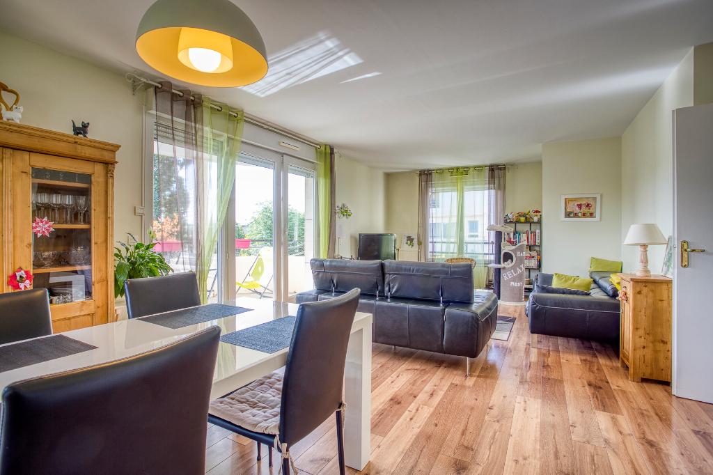 Appartement Guyancourt 4 pièce(s) 84 m2