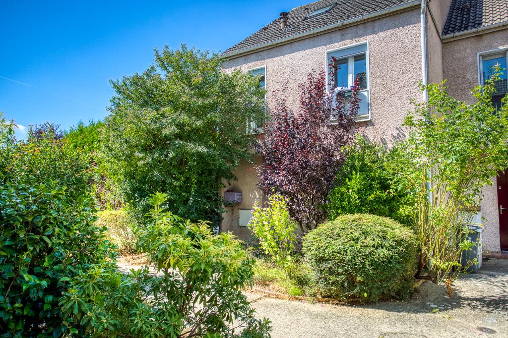 Maison Guyancourt 4/5 pièce(s) 110 m2