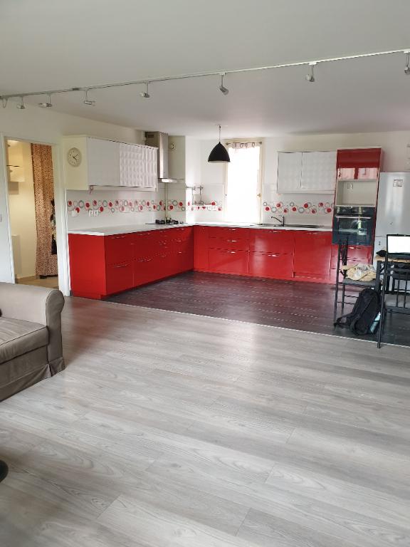Appartement Montigny Le Bretonneux 5 pièce(s) 99 m2