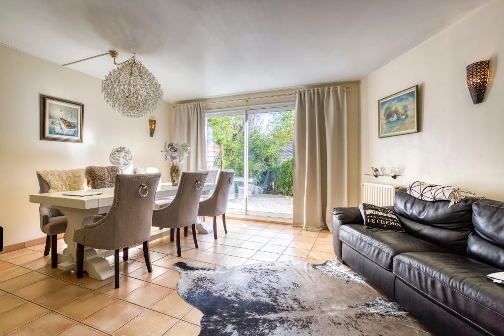 Maison Montigny Le Bretonneux 6 pièce(s) 110 m2