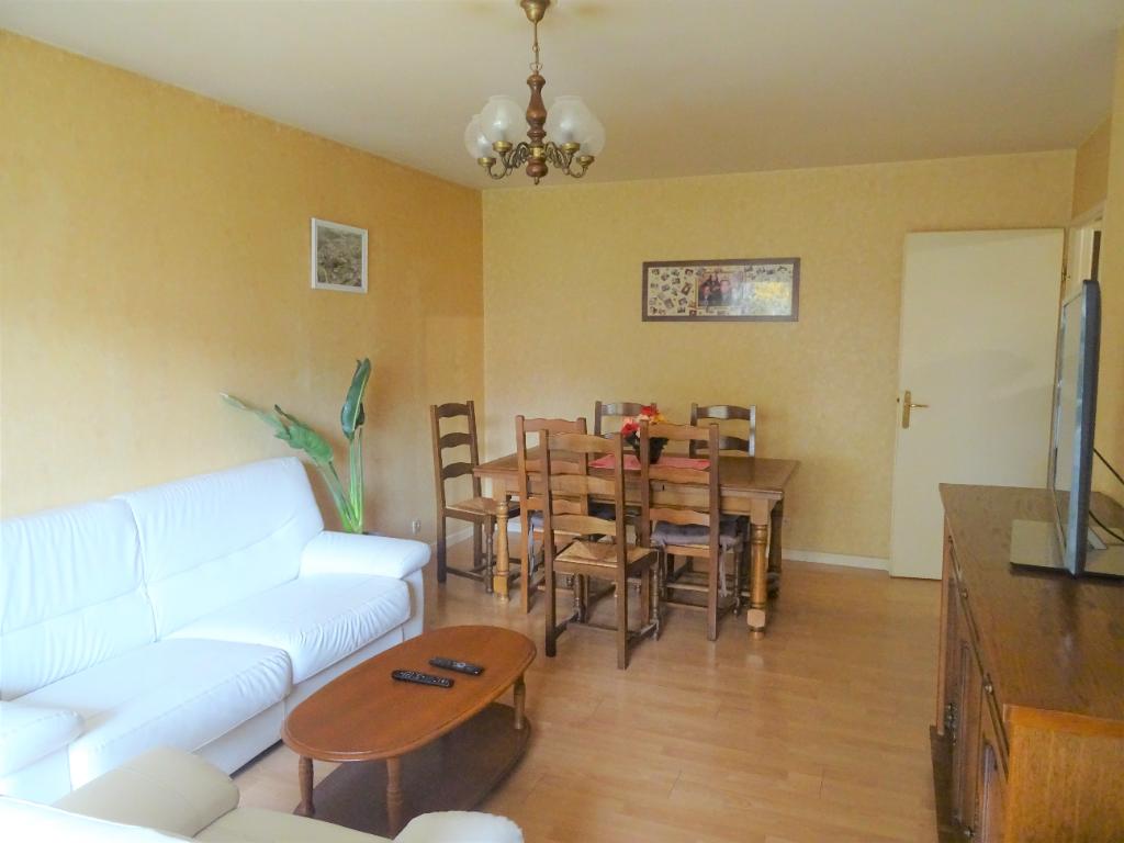 Appartement Guyancourt 5 pièce(s) 85 m2