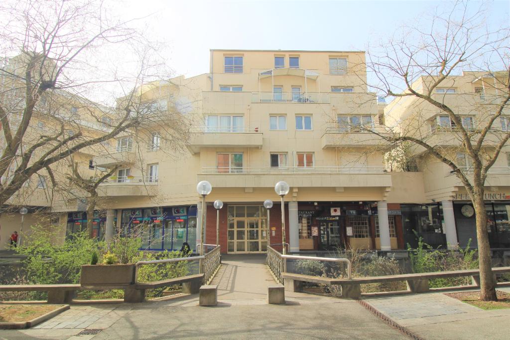 Appartement Montigny-le-Bretonneux 3 pièce(s) 72 m²