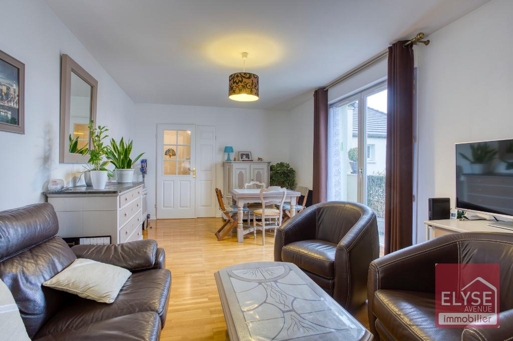 Appartement Voisins Le Bretonneux 2 pièce(s) 48.83 m2