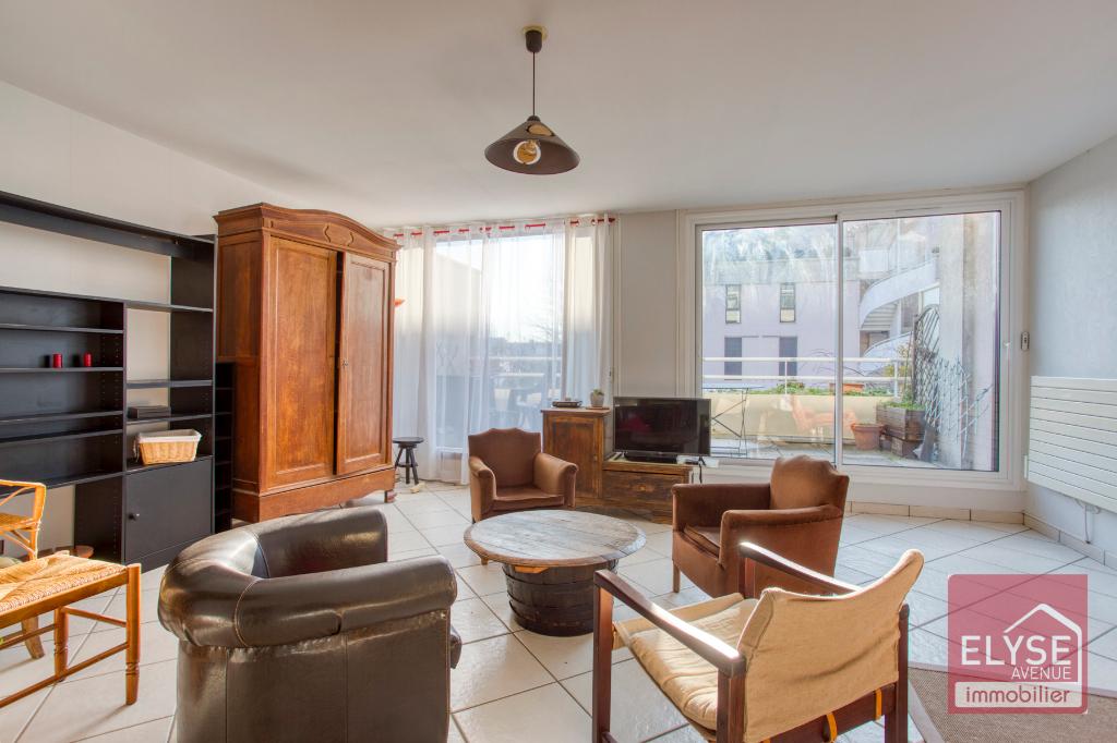 Appartement Voisins Le Bretonneux 4 pièce(s) 80.97 m2