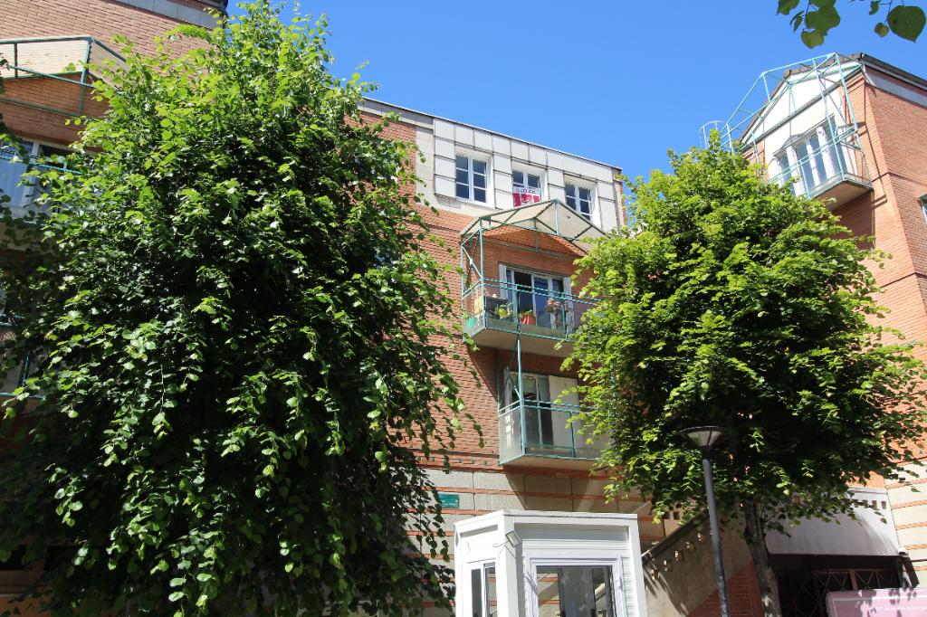 Appartement Montigny Le Bretonneux           3 pièce(s)