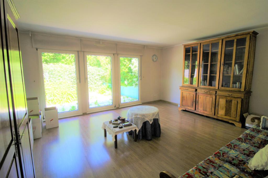 Maison Montigny Le Bretonneux 6 pièce(s) 130 m2