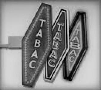 A VENDRE - TABAC-PRESSE-CARTERIE-BIMBELOTERIE - LITTORAL(85).