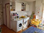A vendre à Saint Pierre la Mer, un appartement de 22m² avec terrasse
