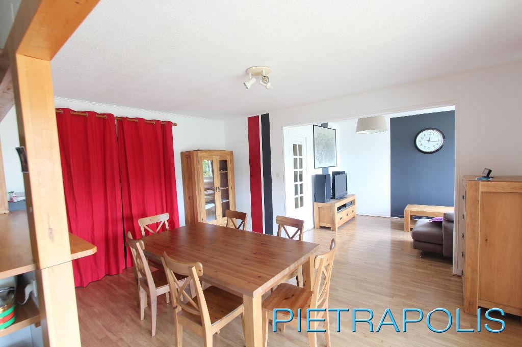 Appartement T3 lumineux 84m2 Bourgoin-Jallieu