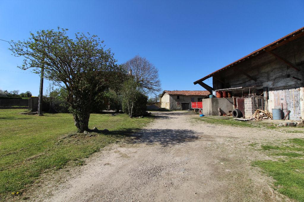 Maison Bourgoin Jallieu 7 pièce(s) 190 m2