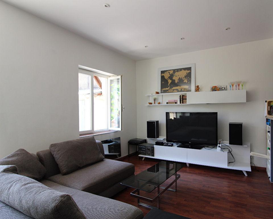 Lyon 9 - T2 d'environ 40 m 2 + terrasse de 19 m2