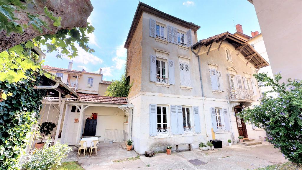 Superbe maison 195 m2 Coeur Montchat - Terrain et Dépendances de 170 m2