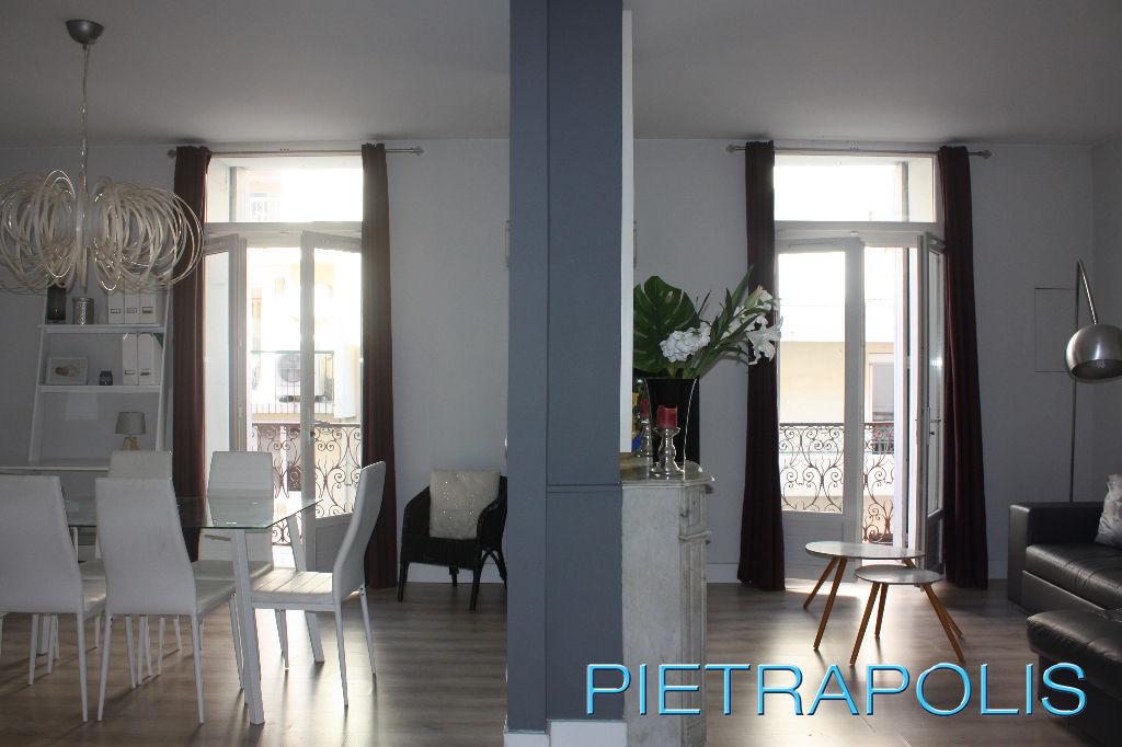 SETE:  appartement  T3 77.26 m2  entièrement rénové
