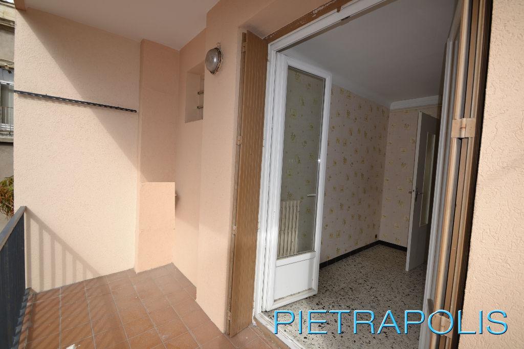 SETE: Appartement T4 90.94 m2 terrasse