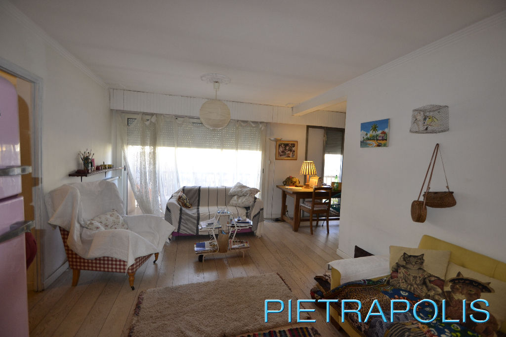 SETE: appartement 100 m² env. terrasse.